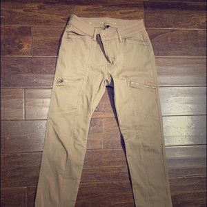 White House black market tan pants with zippers